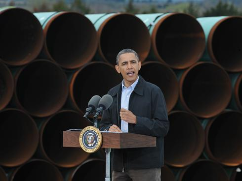 Obama gives speech welcoming the southern portion of the Keystone XL pipeline.