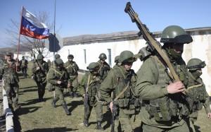TOPSHOTS-UKRAINE-RUSSIA-POLITICS-UNREST-CRIMEA-TROOPS