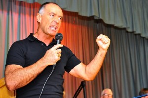 "Tommy Sheridan speaking on the ""Hope Over Fear"" tour (Photo: dailyrecord.co.uk)"