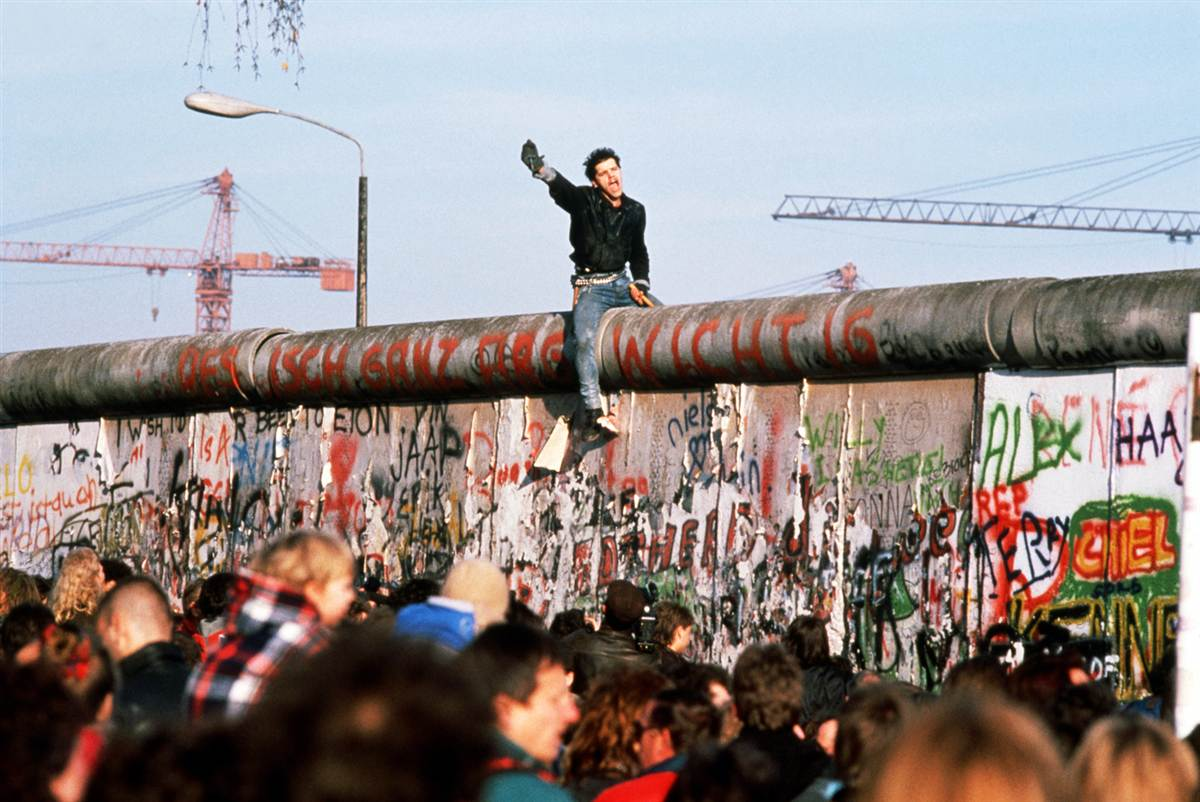 an analysis of the events of the berlin walls rise But just as the wall had come to represent the division of europe, its fall came to represent the end of the cold war in the  germans celebrating the fall of the berlin wall on november 10, 1989  only in romania did the events turn violent.