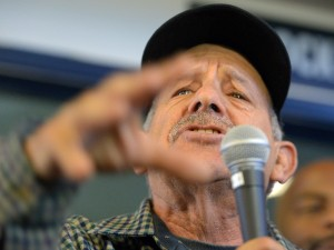 Former ILWU International President and current LA Harbor Commissioner David Arian speaks to longshoremen at the ILWU dispatch hall in Wilmington, CA on Friday, January 2, 2015. (Photo: Scott Varley, Daily Breeze)