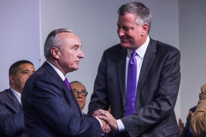 NYC Police Commissioner  Bill Bratton and Mayor Bill de Blasio (Photo by Christopher Gregory/Getty Images)