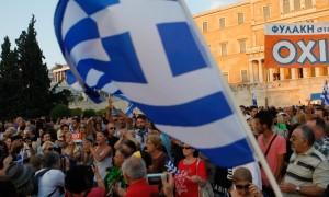"Supporters of the ""No"" vote at a rally at Syntagma (Photo: Aristidis Vafeiadakis / ZUMA)"