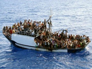 Cyprus launched a rescue mission for 300 Syrian refugees on a fishing boat 100 km off its coast (Photo: AFP)