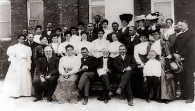 1024px-Tuskegee_Institute_-_faculty